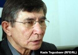 Жасарал Куанышалин, оппозиционный политик. Алматы, 20 марта 2012 года.
