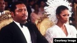 Haiti prezidenti Jean-Claude Duvalier və arvadı Michèle Bennett