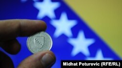 Bosnia and Herzegovina - Convertible mark banknotes, banknote, coins, coin, money, crisis, debts, 25Jan2012
