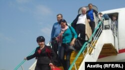 Татар конгрессы делегациясен аэропортта җирле татар мохтарияте вәкилләре каршы алды