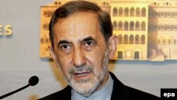 Senior Iranian diplomat Ali Akbar Velayati (file photo)