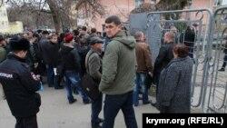 Київ вимагає від Росії припинити призов до збройних сил жителів анексованого Криму