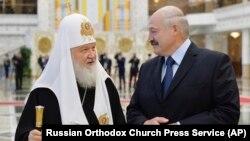 Московський патріарх Кирило і президент Білорусі Олександр Лукашенко (архівне фото)