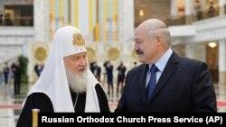 Patriarhul Kiril al Rusiei și președintele belarus Aliaxander Lukașenka, MInsk, 15 octombrie 2018