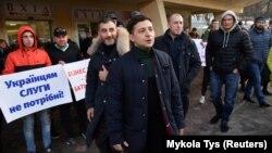Володимир Зеленски на предизборна среща.