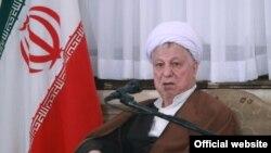 اکبر هاشمی رفسنجانی از منتقدان اصلی دولت کنونی است