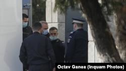 Liviu Dragnea a fost adus sub escortă la DNA pentru a i se aduce la cunoștință noile acuzații