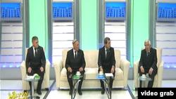 """Türkmen TW-siniň """"Tegelek stol"""" gepleşigine gatnaşyjylar."""
