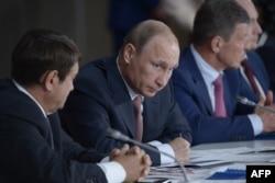 Владимир Путин на заседании президиума Госсовета в Ялте