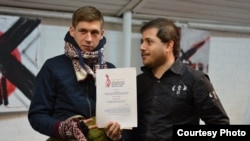 Художник Матвей Крылов и Алек Эпштейн