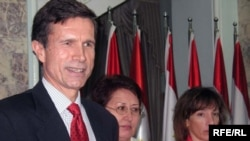 U.S. Assistant Secretary of State Robert Blake (left)