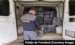 Contrabada cu țigări este un fenomen des întâlnit la granițele cu Republica Moldova și Ucraina
