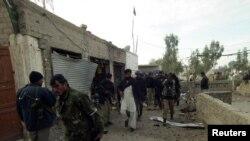 Në vendin e sulmit në Banu janë parë forcat e sigurisë pakistaneze