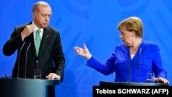 Գերմանիայի կանցլեր Անգելա Մերկել և Թուրքիայի նախագահ Ռեջեփ Էրդողան, արխիվ