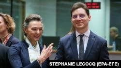 Victor Negrescu spune că locul PSD e în PES și că relațiile se vor dezgheța după europarlamentare.