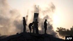 دستکم ۱۸۰ فلسطینی طی حملات روزهای گذشته کشته شدهاند؛ گروه حماس نیز صدها موشک به خاک اسرائیل پرتاب کرده که تلفات جانی نداشته است
