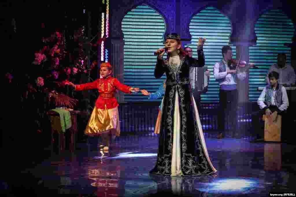 Yarışnıñ «oyun» nominatsiyasında iştirak etken Elmaz İsmailova, 2-nci yer
