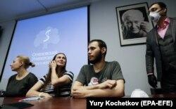Российские волонтеры, на которых испытывается российская вакцина от COVID 15 июля, 2020