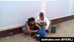 Уличная торговля, Туркменистан