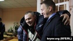 Василь Ганиш із адвокатом. Київ, 14 січня 2016 року