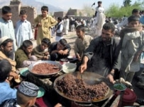Afghans in Jalalabad celebrating Norouz in March (RFE)