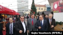 Nakon sastanka, Igor Crnadak je sa ambasadorima u neformalnom druženju posjetio Zimzograd