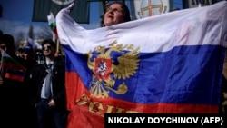 """Вероятно, можно говорить о """"почковании"""" ура-патриотических праздников в современной России"""