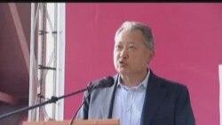 Kyrgyz President Bakiev On A Campaign Stop