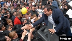 Armenia - Prosperous Armenia Party (BHK) leader Gagik Tsarukian is greeted by supporters during a campaign rally in Armavir province, 13Apr2012.