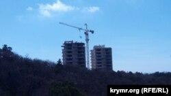 Строящиеся апартаменты в урочище Ласпи, архивное фото