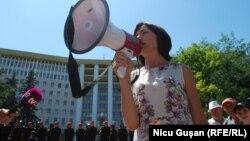 Maia Sandu, la protestul împotriva sistemului mixt