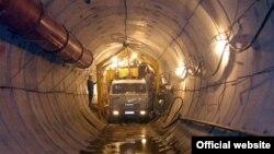 Один из тоннелей алматинского метрополитена в период строительства. 2005 год.