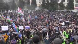 Baku Residents Protest Over Fuel, Food Costs