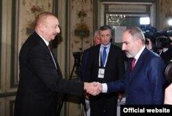 В феврале этого года на Мюнхенской конференции по безопасности Ильхам Алиев и Никол Пашинян общались вполне миролюбиво