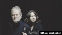 Coperta noului CD al Patriciei Kopatcinskaia