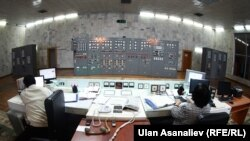На Токтогульской ГЭС.