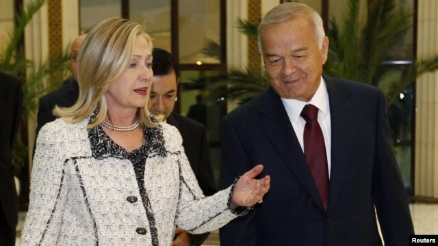 Uzbek President Islam Karimov met with visiting U.S. Secretary of State Hillary Clinton in Tashkent in October.