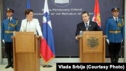 Ivica Dačić i Alenka Bratušek na konferenciji za novinare, Beograd, 2. oktobar 2013. Foto: Vlada Srbije