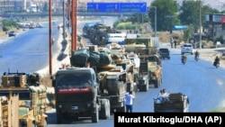 Թուրքիայի զինված ուժերի զինտեխնիկայի շարասյունը Սիրիայի տարածքում, օգոստոս, 2019թ․