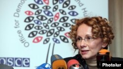 Armenia - Radmila Sekerinska, head of an OSCE election observation mission, at a news conference in Yerevan, 22Mar2012.