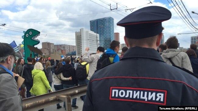 """Впервые в этом году """"Монстрация"""" прошла не по центру Новосибирска"""