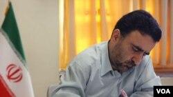 مصطفی تاجزاده میگوید اگر آقای روحانی میخواهد خاستگاه تخریبها را پیدا کند دنبال اتاق فکر سپاه بگردد.
