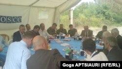 Темой для дискуссий остается проблема подачи природного газа грузинской стороной Ахалгорскому району