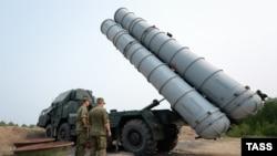 Rusiya istehsalı olan S-300 hava hücumundan müdafiə sistemi
