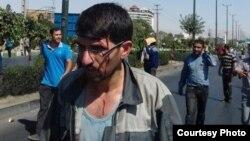 بر اساس گزارش ها، تعدادی از کارگران در پی حمله گارد ضد شورش زخمی و در بیمارستان بستری شدند.