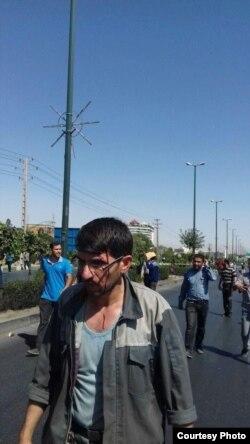 تصویری از برخورد روز سهشنبه با کارگران در اراک. عکس از شبکههای اجتماعی