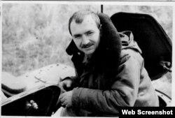 Так Володимир Цемах виглядав під час проходження військової служби ще в СРСР. Фото з VK-сторінки дочки