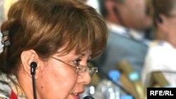 Участница конференции ОБСЕ утверждает, что пострадала от религиозных сект. Астана, 30 июня 2010 года.
