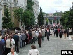 Пахаваньне Васіля Быкава. 25 чэрвеня 2003