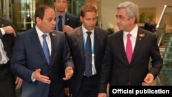 Russia - Presidents Abdel Fattah al-Sisi (L) of Egypt and Serzh Sarkisian of Armenia meet in Moscow, 9May2015.